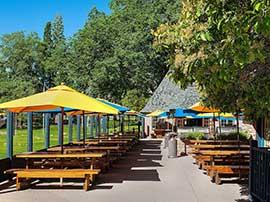 Outdoor Dining Deck