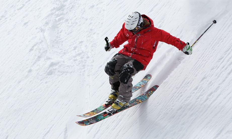 Best Places to Ski or Snowboard Near UCLA Lake Arrowhead